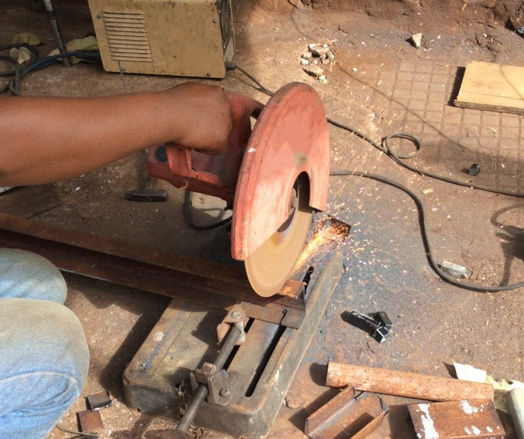 noise-circular-saw-cutting-steel