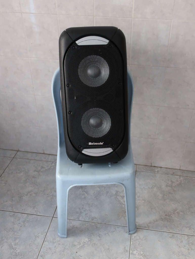 PA speaker as a white noise speaker