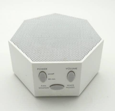 White noise machine using a synthesizer