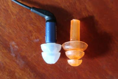 size-comparison-ER2XR-and-triple-flange-earplugs